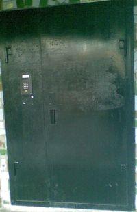 В чём секрет деревянных наружных дверей?